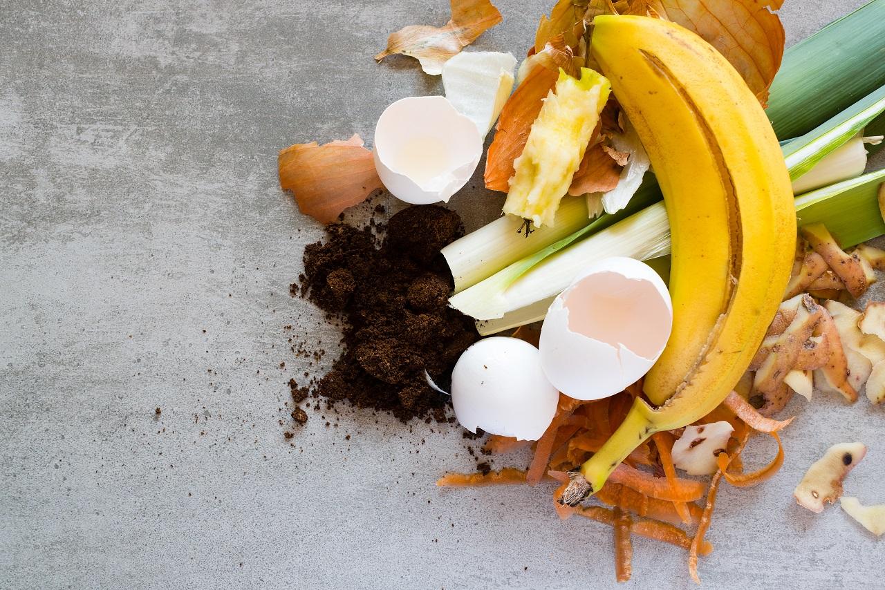 O que é e como é feita a compostagem?