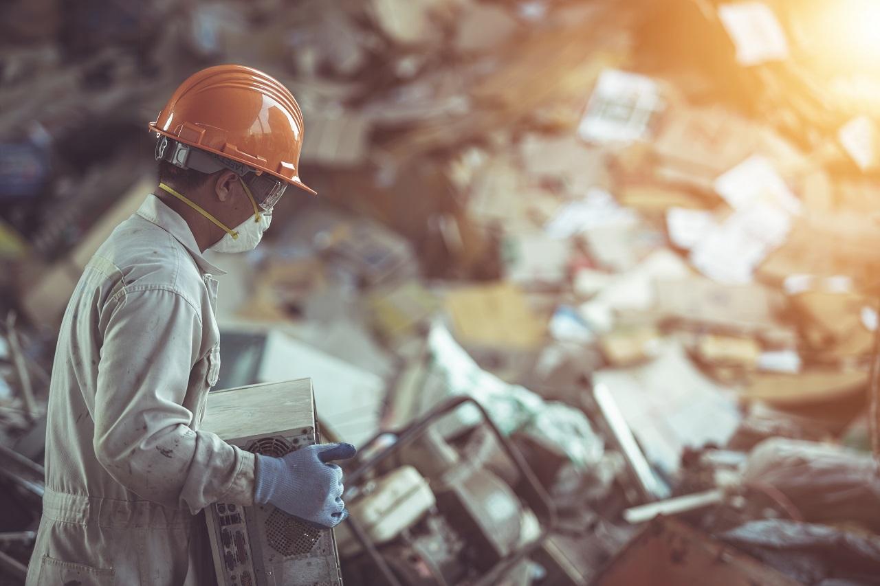 Como o gerenciamento de resíduos auxilia no combate da COVID-19?